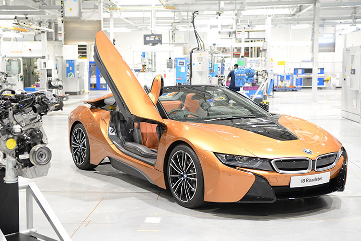 BMW GEARS UP FOR NEW BMW i8 ROADSTER